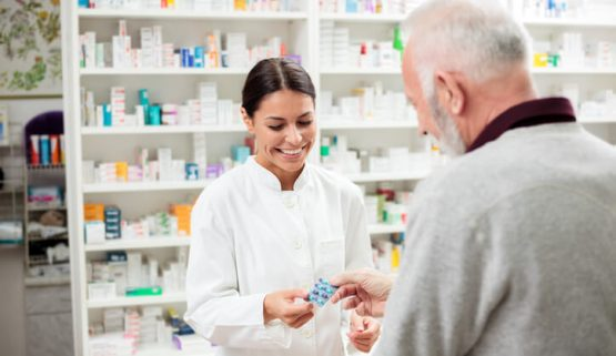 https://www.clinicarecompounding.com.au/wp-content/uploads/2019/01/clinicare-services-555x321.jpg